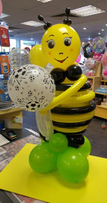 Ballon Figuren, Ballonverpackung, BV, Geld im Ballon, Ballon Figuren Fußball Latexballonfigur