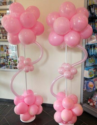 Luftballonshop in Rheine- Ihr Ort zum Staunen, mit exklusiven Geschenkideen und ausgefallenen Ballons zu nahezu jedem Motto und Anlass. Tolle Auswahl an trendigen Kuscheltieren, Skurriles und Nützliches, Mitbringsel für kleine und große Partygäste und vieles mehr. Für jeden Geschmack ist etwas dabei Alles wunderschön arrangiert, nach Farben und Look sortiert, für Trendsetter, Romantiker, Puristen, Coole und und und.. Freuen Sie sich aufs SCHENKEN! zzgl. 10€ Pfand