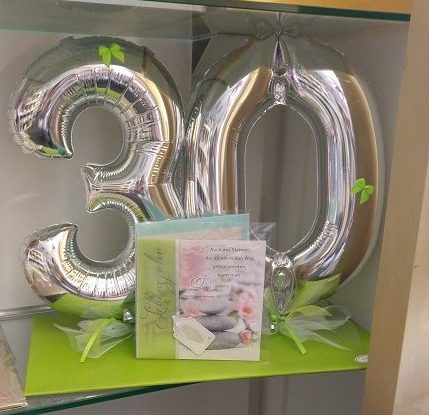 Zahlen 30cm Folienballons auf Tablettverpackung | 21,50€ zzgl. Karte