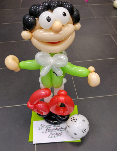 "Ballon Figuren, Ballonverpackung, BV, Geld im Ballon, Ballon Figuren""Fußballer"" Latexballonfigur | 25€"