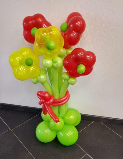 Blumenstrauß 21,50€ plus 2€ Folienverpackung