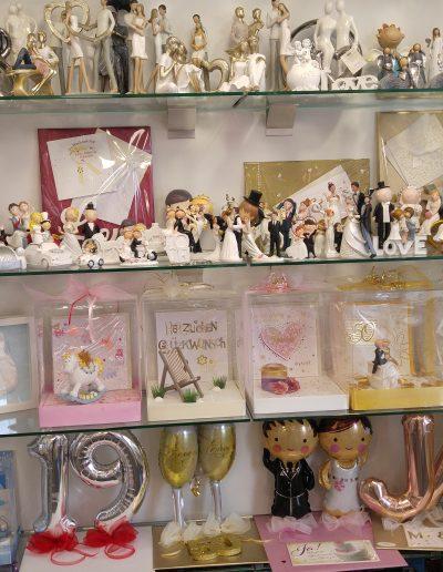 Keramikfiguren und andere Geldverpackungen