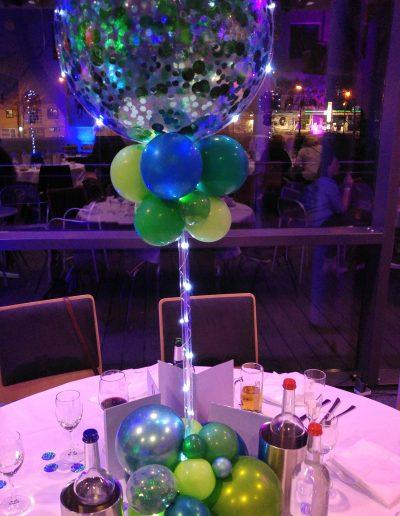 Tischdekoration mit LED Lichtern 45€ Pfand auf LED und Gestell 15€
