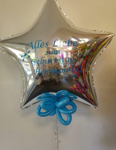 Folienballon in 71cm 15€ , plus persön. Botschaft. 5€ pro Seite